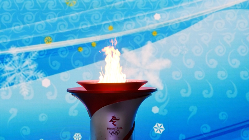 Beijing welcomes Olympic flame, unveils torch relay itinerary