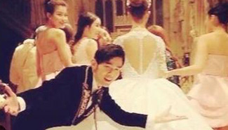 Another face of Jay Chou: funny wedding photo releases