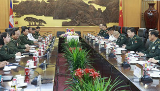 Chinese defense minister holds talks with Cambodian counterpart