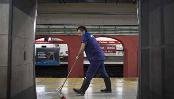 Argentine subway cleaner Enrique Ferrari's double life as novelist