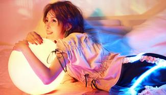Jia Qing covers fashion magazine