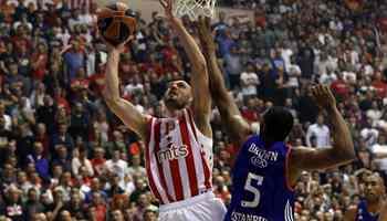 Efes break Red Star's winning streak in basketball Euroleague