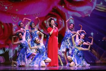 """Cultures of China, Festival of Spring"" gala performed in Chicago"