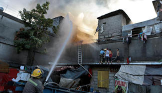 Fire leaves 700 families homeless in Quezon City of Philippines