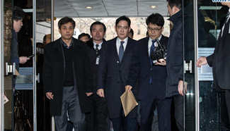 Samsung heir appears in hearings to decide arrest sought by S.Korean prosecutors