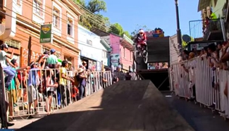 Watch these riders race across the rooftops
