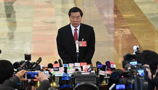Ministers receive interviews before opening meeting of fifth session of 12th NPC