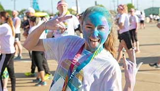 """Color Run"" held in Texas, U.S."
