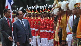 Indonesian, French presidents attend joint press conference in Jakarta