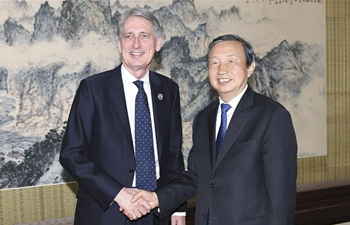 Chinese vice premier meets British chancellor of exchequer in Beijing