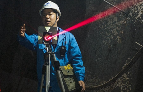 Railway construction worker to attend 19th CPC National Congress