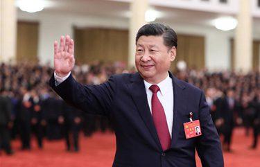 Xi meets congress delegates