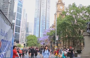 There's a natural affinity between Australia and China: Australian bank staffer