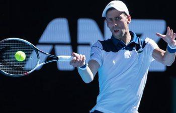 Djokovic beats Young 3-0 at Australian Open