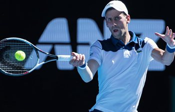 Djokovic beats Young 3-0 at Australian Open