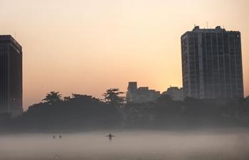 Dense fog shrouds Kolkata, India