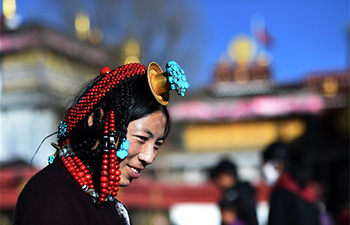Pilgrims pray for harvests, prosperity ahead of Tibetan New Year in Lhasa