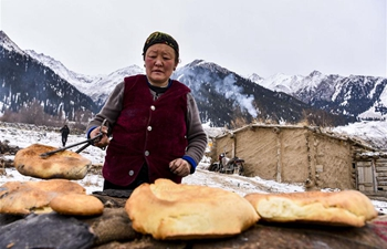 Daily life in Akyaz Valley, NW China's Xinjiang
