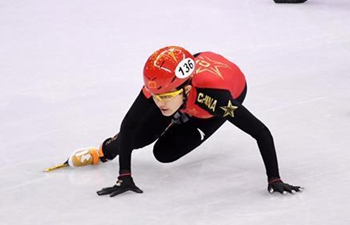 Highlights of ladies' 1000m heat event of short track speed skating