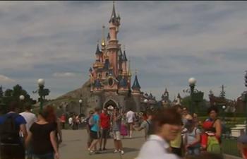 Walt Disney plans to invest 2 billion euros in Disneyland Paris