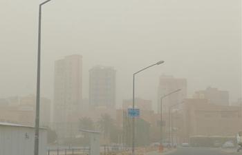 Heavy sand storm engulfs Hawalli Governorate of Kuwait