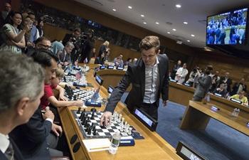 World champion attends 1 vs. 15 chess event at UN headquarters