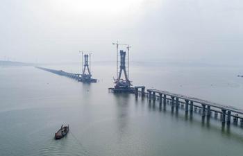 Poyang Lake No. 2 Bridge under construction in E China's Jiangxi