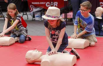 In pics: Sidewalk CPR Day in Los Angeles
