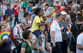 Jerusalem's gay pride parade kicks off with many participants