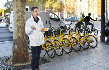 Ofo launches campaign to encourage Paris passengers to ride shared bikes