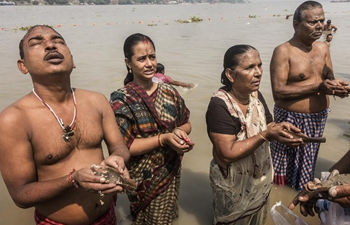 "Hindu devotees take part in ""Tarpan"" rituals in Kolkata, India"