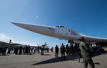 Two Russian Tu-160 strategic bombers arrive in Venezuela