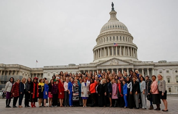 Nancy Pelosi takes photo with female Democratic members of House of Representatives