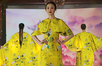 Fashion show with Chinese characteristics held in Ulan Bator, Mongolia