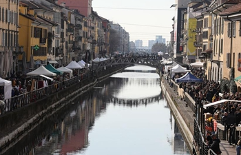 In pics: antique market in Milan, Italy