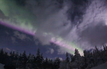 Time-lapse footage of Northern Lights dancing