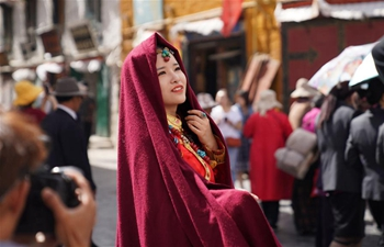 Tibet enters peak tourism season