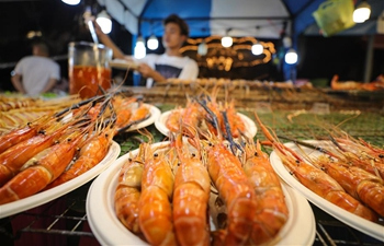 In pics: asiatique night market in Bangkok, Thailand