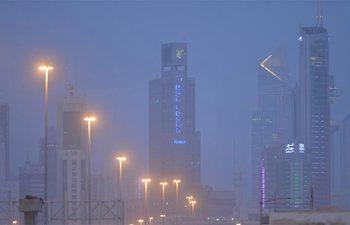 Heavy sandstorm engulfs Kuwait