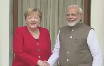 Merkel, Modi meet in India ahead of trade talks