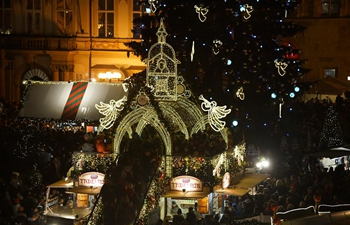 Traditional Christmas market officially opens in Prague