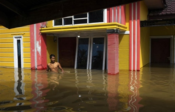 Flood hits Riau, Indonesia