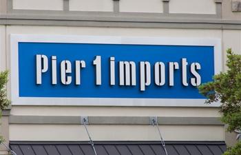 U.S. home goods company seeks to close all stores
