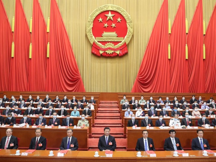 "Xi Focus: Xi's ""two sessions"" messages reassuring at difficult times"