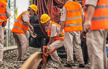 1st seamless rails welded for China-Laos railway
