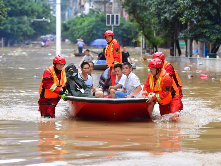Xi Focus: Xi stresses braving challenges in fighting floods to ensure safety of people's lives, property