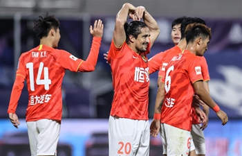 R&F edge out Shenhua on penalties, Evergrande beat Jianye in CFA Cup