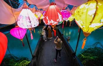 Temple fair kicks off in Longmen Ancient Town of Hangzhou