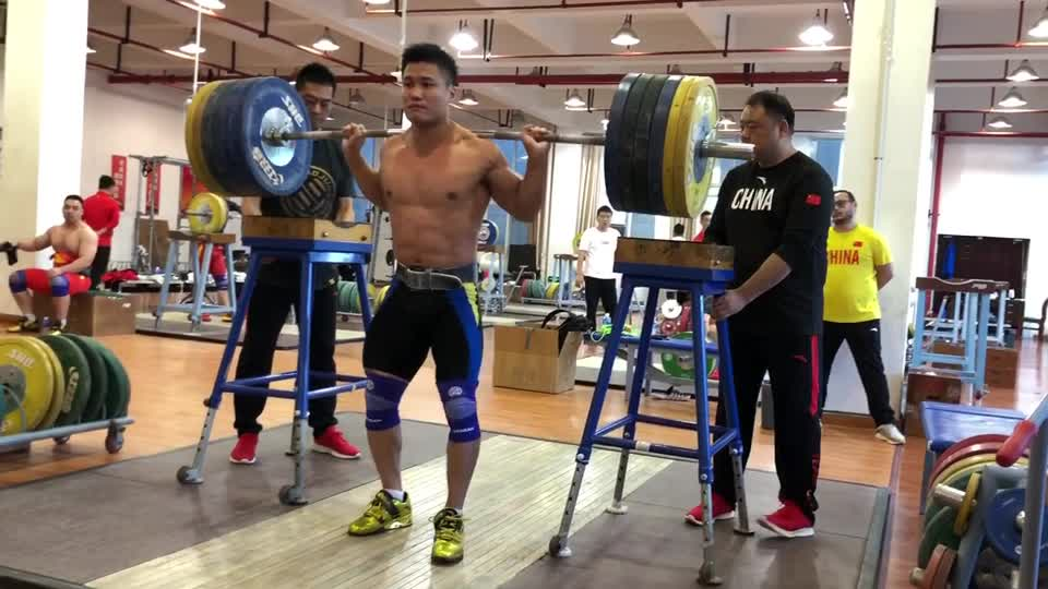 Sights set on Tokyo: Chinese men's weightlifting team trains hard for Olympics