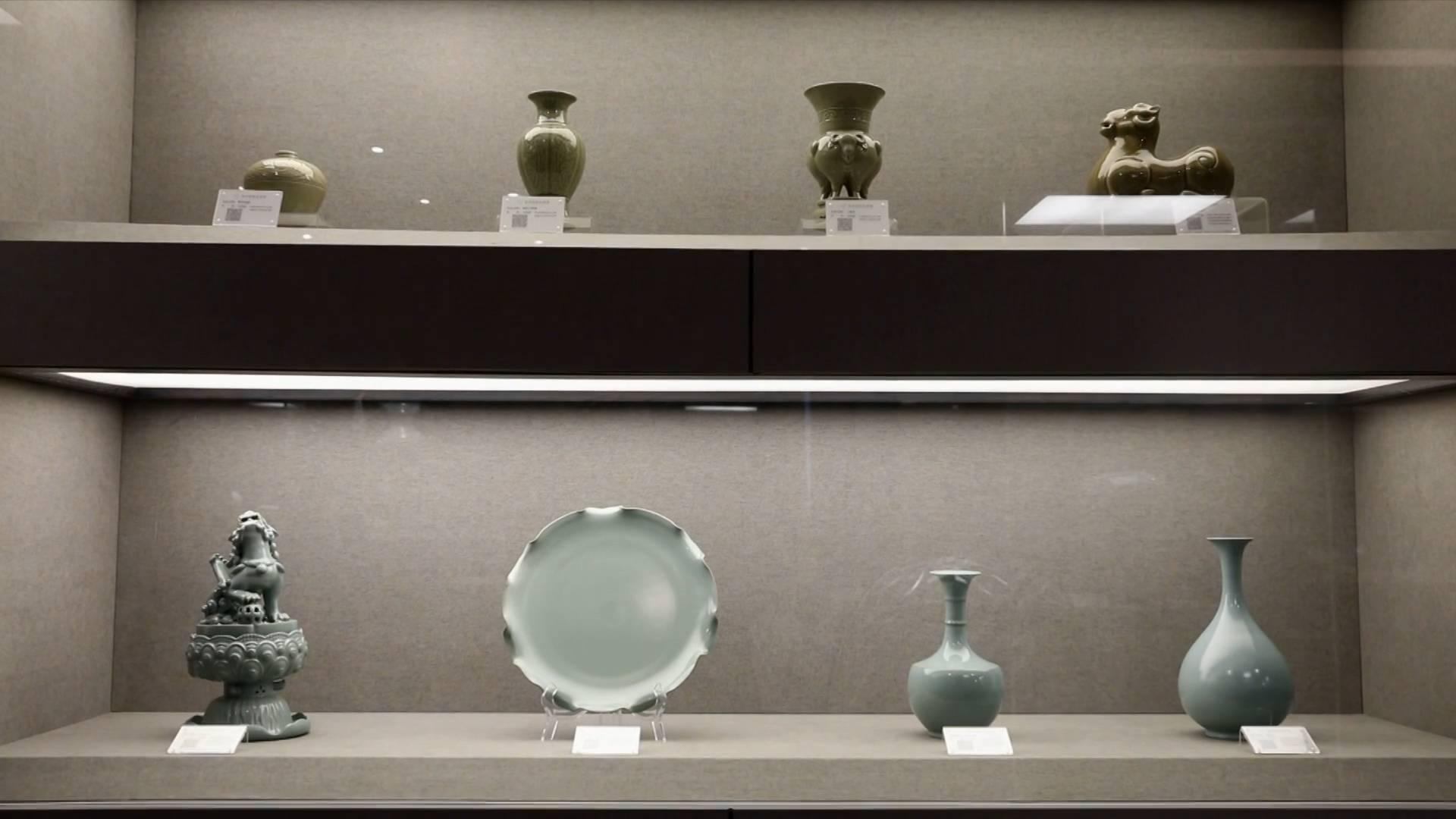 Craftsman seeks to reproduce Ru porcelain's azure glaze